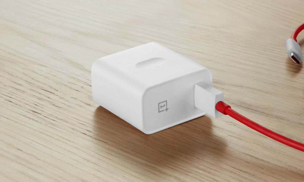OnePlus Warp Charge 30W Power Adapter 3